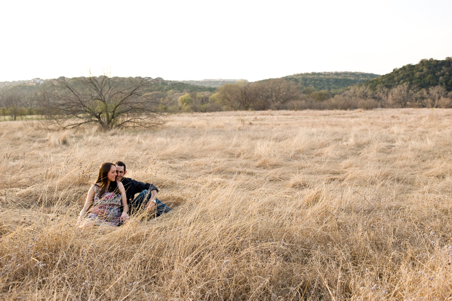 Austin Maternity Photos in a field